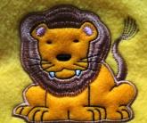 вышивка на флисе