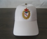 Вышивка на бесболке логотипа ЦСКА